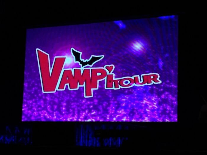 Chica Vampiro Gulli tour